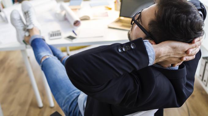 Você Sabia Que é Possível Receber Pelas Horas Que Fica Em Casa De Plantão A Pedido Do Empregador?